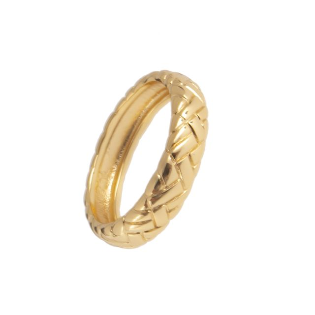 Quinn ring 17 Gold